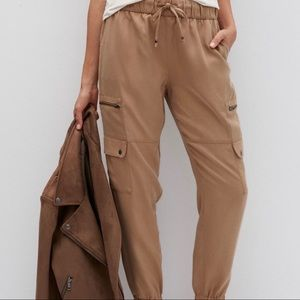 Banana Republic Tan Cargo Pants High Rise Joggers